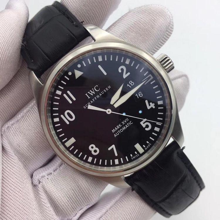 iwc 萬國飛行員 男士自動機械腕表圖片