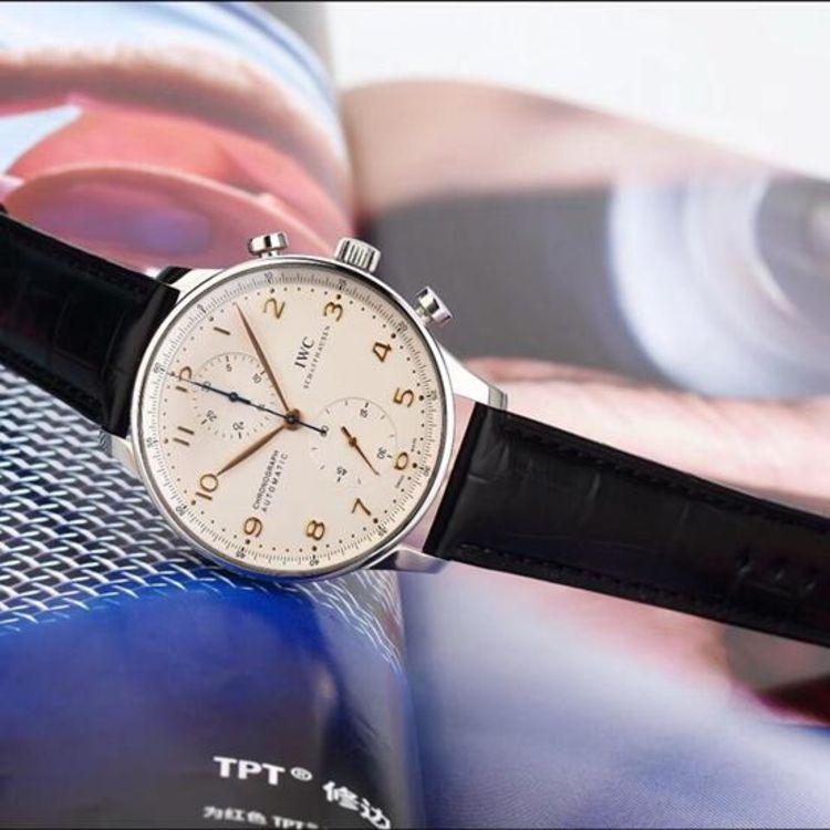 電話手表的表帶子 萬國手表葡萄牙8 萬國復刻手表 手表資訊  iwc的圖片