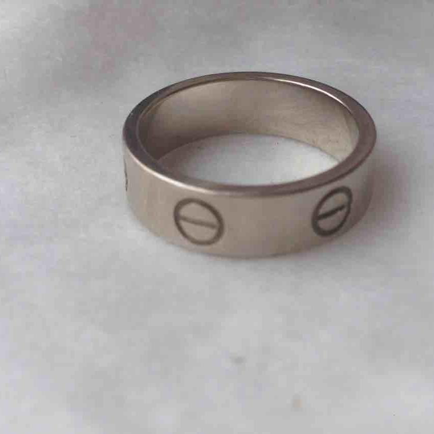 Cartier卡地亚52号白金宽版戒指