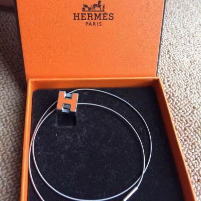 Hermes爱马仕橘色经典珐琅项链