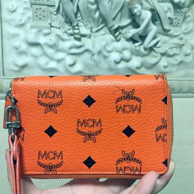 MCM时尚长款钱包