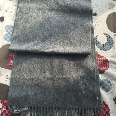 YSL圣罗兰浅灰色羊毛围巾