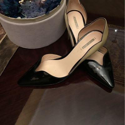 GIORGIO ARMANI小低跟黑白浅口尖头鞋