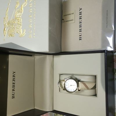 Burberry博柏利女士时尚腕表