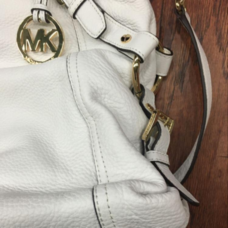 MK时尚单肩包