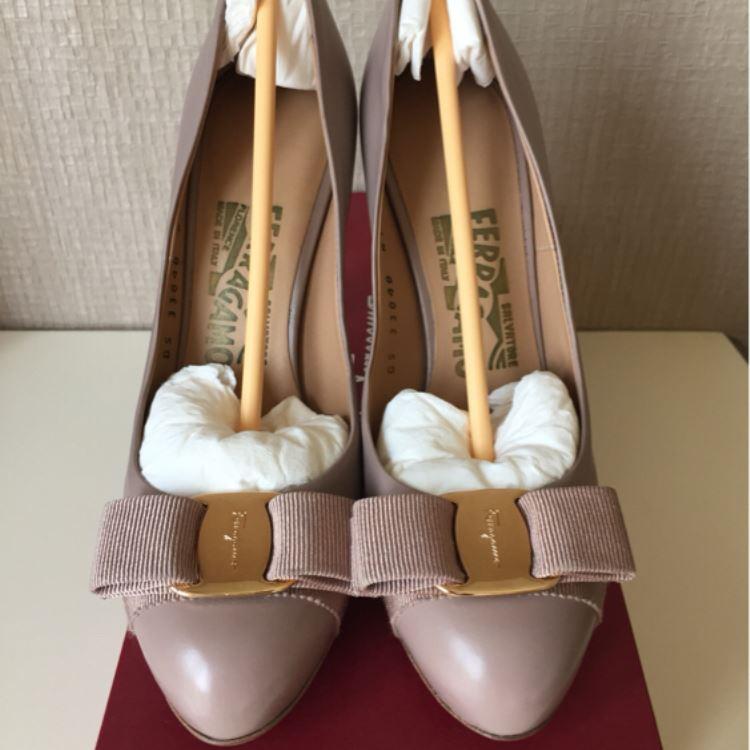 Ferragamo菲拉格慕女士高跟鞋