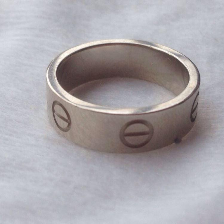 Cartier卡地亚白金宽版love51号戒指