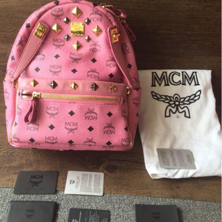 MCM时尚双肩包