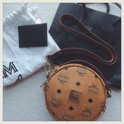 MCM经典圆形小包