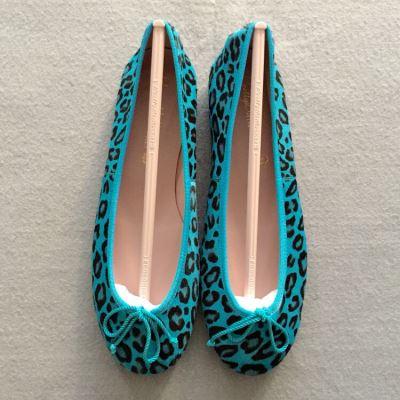 Pretty Ballerinas蓝色豹纹芭蕾舞鞋
