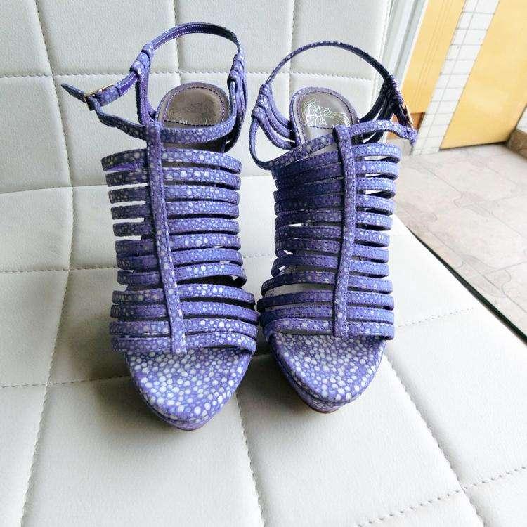 Versace范思哲女士高跟鞋