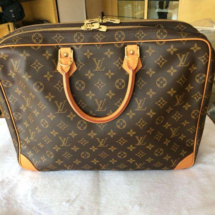 LV路易·威登男式手提包