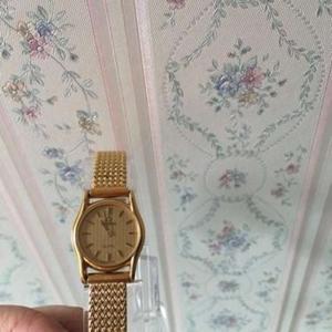 OMEGA欧米茄女士石英腕表