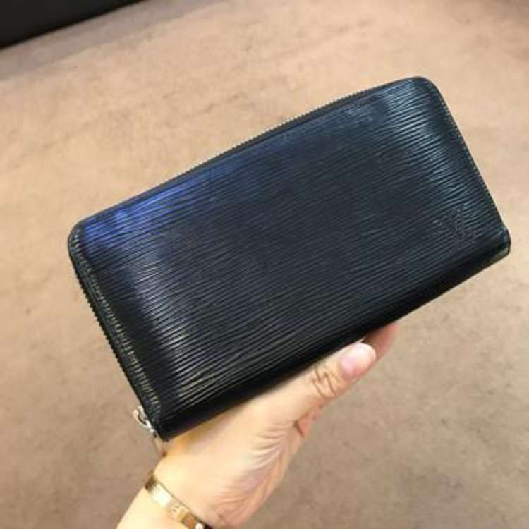LV路易·威登钱包