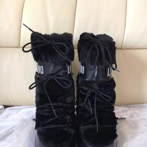 Moschino莫斯奇诺雪地靴
