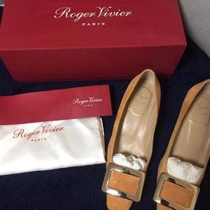 Roger Vivier女士高跟鞋
