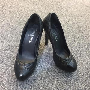 CHANEL 香奈儿黑色菱格女士高跟鞋 38码