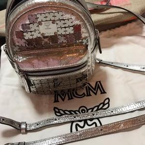 MCM限量版mini双肩包