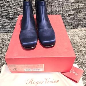 Roger Vivier 罗杰·维维亚靴子