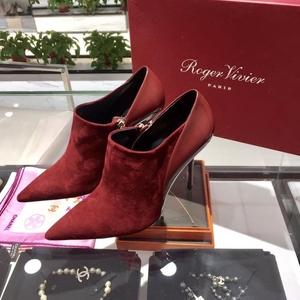 Roger vivier女士反绒皮高跟靴