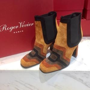 Roger vivier女士反绒皮裸踝高跟靴