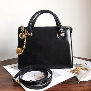 Versace 范思哲十字纹手提包