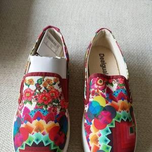 Desigual 德诗高女式运动鞋