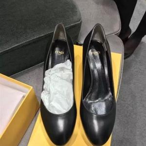 FENDI 芬迪全皮质经典黑皮鞋