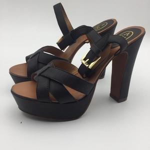 ASH Shoes 艾熙金扣高跟凉鞋