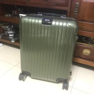 RIMOWA 日默瓦22寸行李箱