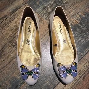 Versace 范思哲平跟鞋37码