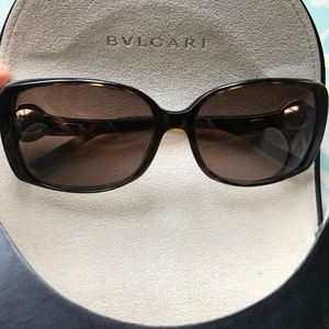 BVLGARI 宝格丽太阳眼镜