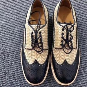 Giorgio Armani 乔治·阿玛尼雕花编织皮鞋