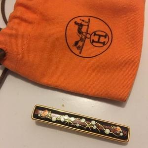 Hermès 爱马仕珐琅胸针