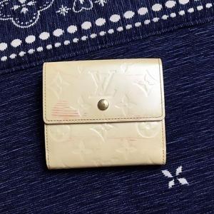 Louis Vuitton 路易·威登漆皮老花三折短款钱包