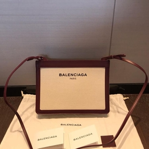 Balenciaga 巴黎世家帆布单肩包