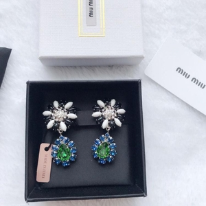 Miu Miu 缪缪彩色水晶花朵耳环