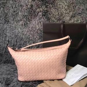 Bottega Veneta 葆蝶家裸粉色手提包单肩包