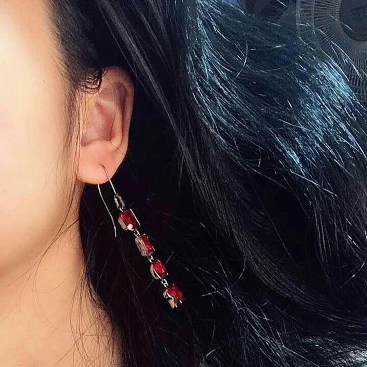 Dior 迪奥字母耳环