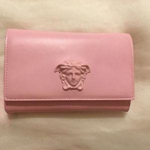 Versace 范思哲粉色logo全羊皮链条包