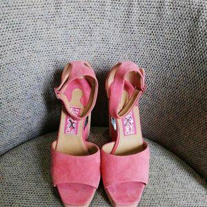 Ferragamo 菲拉格慕坡跟凉鞋