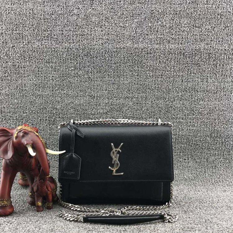 Yves Saint Laurent 伊夫·圣罗兰荔枝纹黑色牛皮邮差包