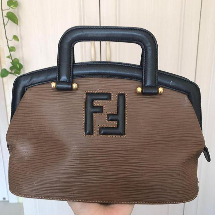 FENDI 芬迪牛皮水波纹手提包