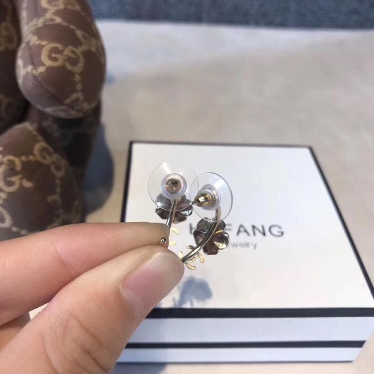 CHANEL 香奈儿山茶花双c耳钉耳环