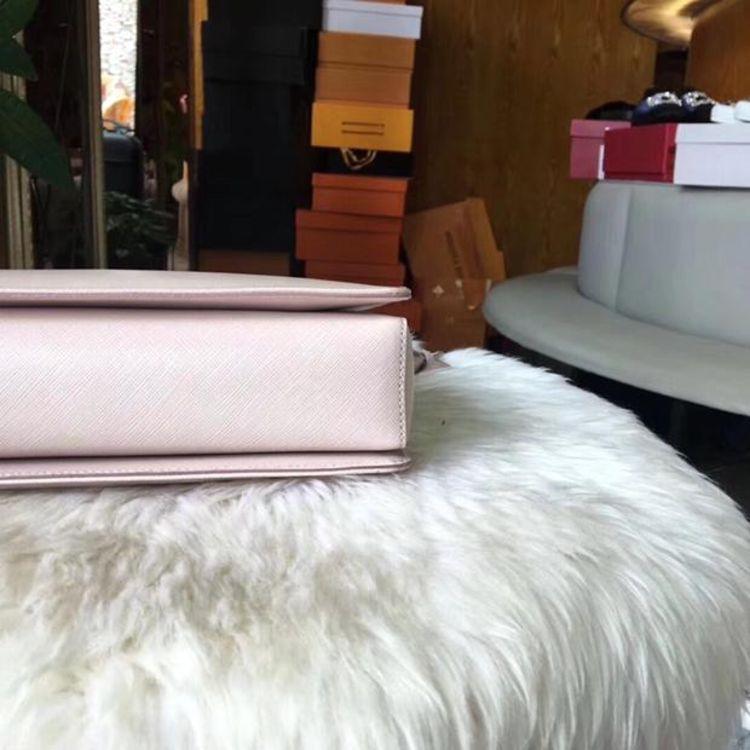 Ferragamo 菲拉格慕裸粉色牛皮女士手提单肩包