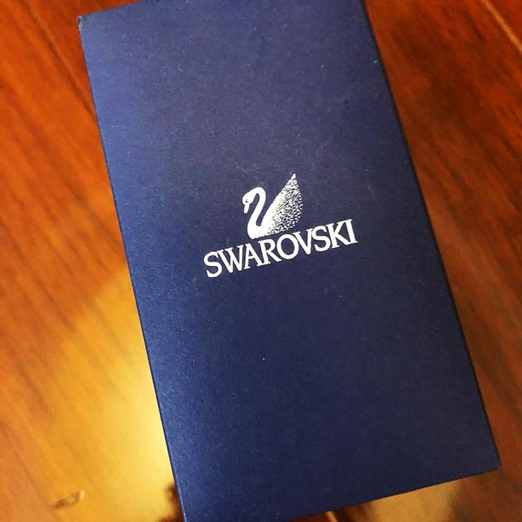 SWAROVSKI 施华洛世奇不规则几何图案水晶手链