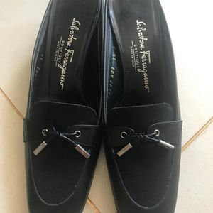Ferragamo 菲拉格慕中跟鞋