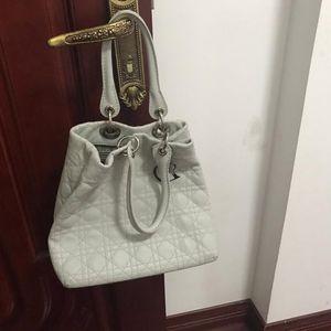 Dior 迪奥小羊皮手提包