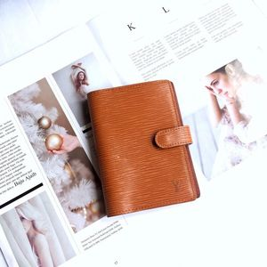 Louis Vuitton 路易·威登epi橘色水波纹牛皮笔记本