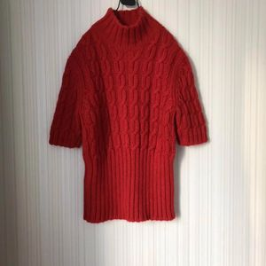 Miu Miu 缪缪高领半袖红毛衣上衣